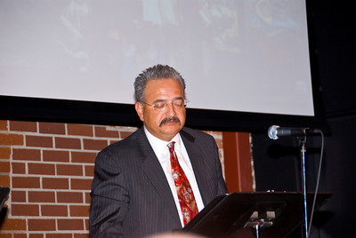 """210 Connect 4/14/2008   Forum topic: """"Pathways to Our Future"""" - an opening dialog to envision a better future for Visalia. The Honorable Val Saucedo presenting """"The Tale of Two Visalias"""" - a possible scenario for the future of Visalia."""