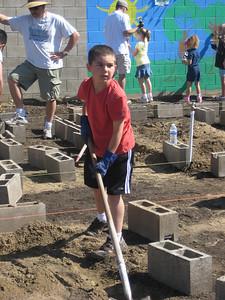 Hurley School Garden - Teresa & George 1037