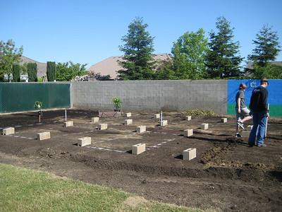 Hurley School Garden - Teresa & George 1001