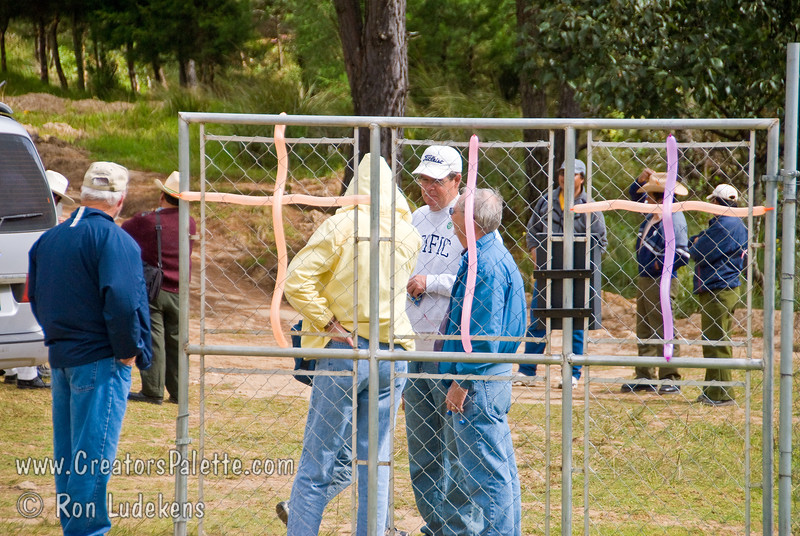 Guatemala Mission Trip - Day 7 - Thursday, November 15, 2007.  Dedication Day.  <br /> Waiting for more arrivals.