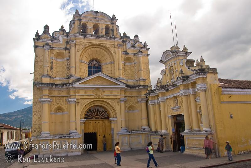 Guatemala Mission Trip - Day 8 - Friday, November 16, 2007 <br /> Templo y Hospital de San Pedro Apóstol in Antigua, Guatemala