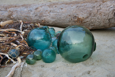 Glass_Balls2013-12-27©Craig_Tooley_CT68767
