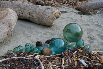 Glass_Balls2013-12-27©Craig_Tooley_CT68766