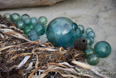 Glass_Balls2013-12-27©Craig_Tooley_CT68803