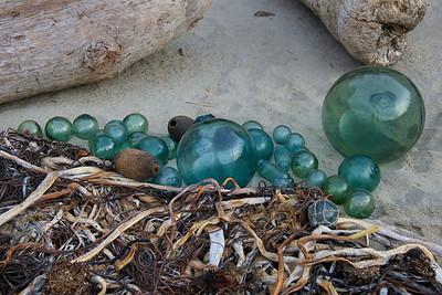 Glass_Balls2013-12-27©Craig_Tooley_CT68764