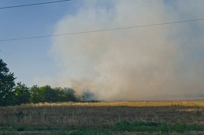 Brush fire in Farmersville along Avenue 280 (Farmersville Road/Caldwell) east of Road 148 on ease side of irrigation canal.  6-14-2011