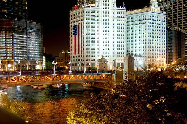 Michigan Avenue Bridge, Chicago  <br /> Fourth of July, 2009