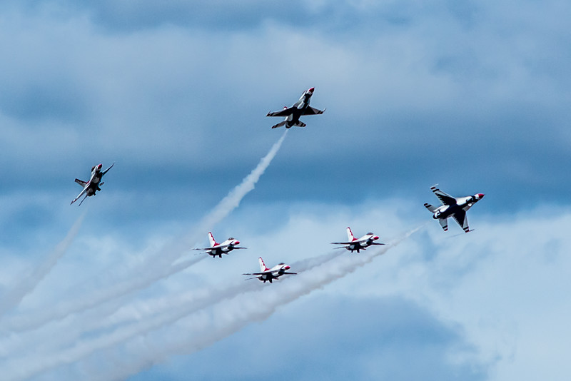 Thunderbirds Formation Shotgun