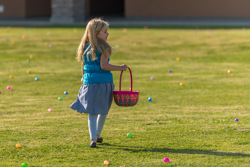 Easter Egg Hunt sponsoerd by RiverCross Church ar Shannon Ranch School 4-15-17