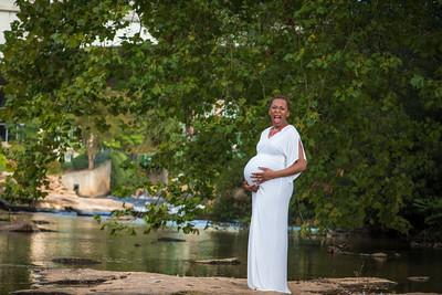 Maternity-Jones-16