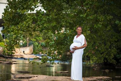 Maternity-Jones-15