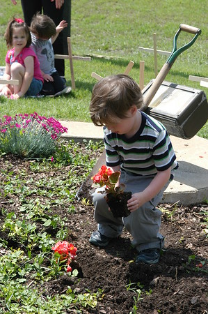 Kids at United Methodist-Earth Day