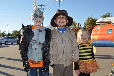 Jerry's Fall Fest October 27, 2012 - Hayden Baldwin, Carson Rockey and Zoey Baldwin