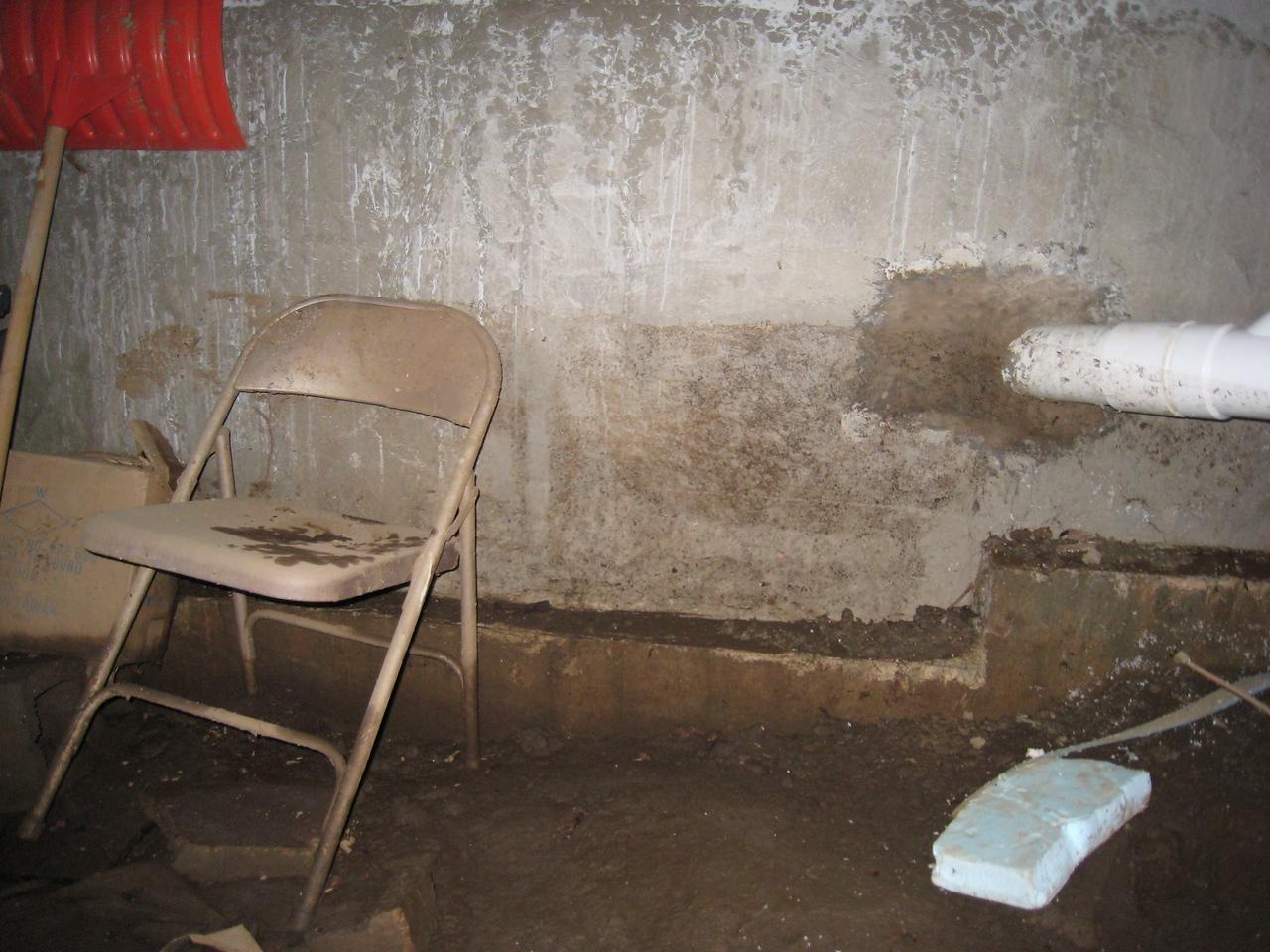 Flood Evidence, Wall