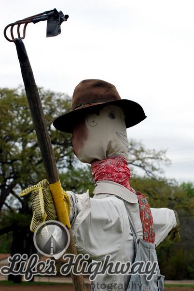 Scarecrow Family at Nash Farm