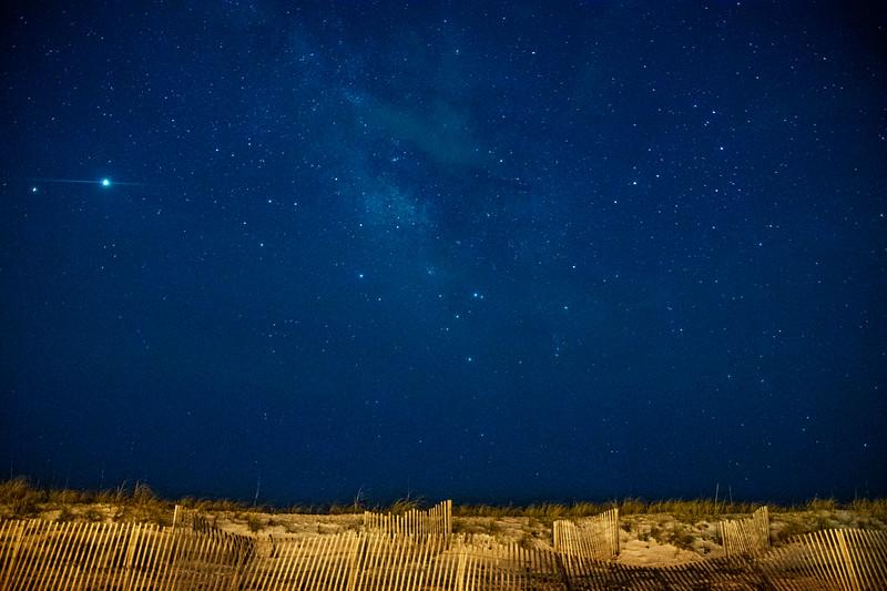 Dune fence Milky Way