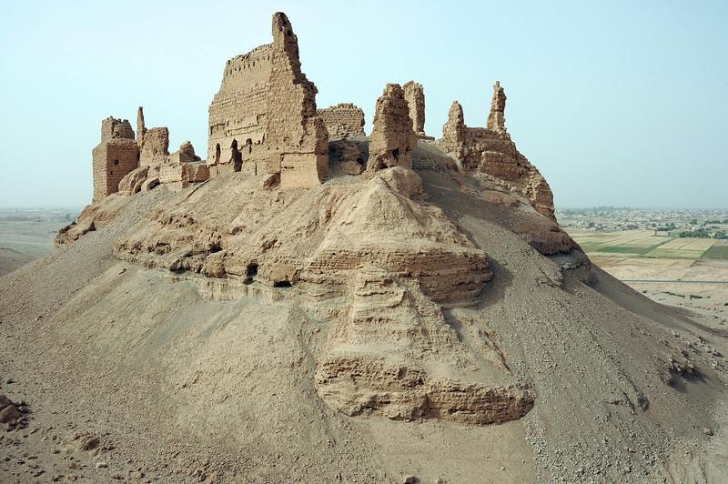 Qalaat al Rahba castle on the edge of the Euphrates river plain, Syria