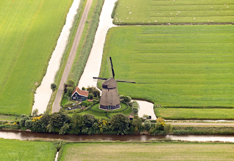 Rural living at Poldermolen K (built 1635) in the Zuidschermer polder, The Netherlands