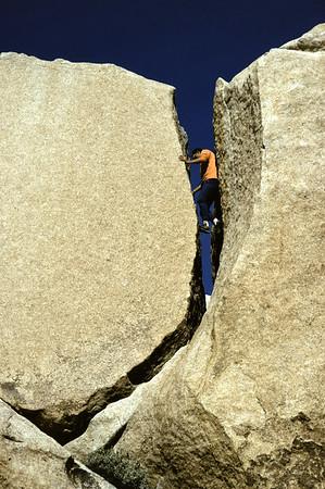 Joshua Tree Rockclimbing.