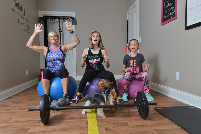 Amber Nailler and the kids and dogs