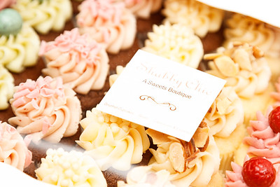 We were surrounded by hundreds of cupcakes until the wee hours of the morning and went home glassy-eyed with an extreme sugar high!