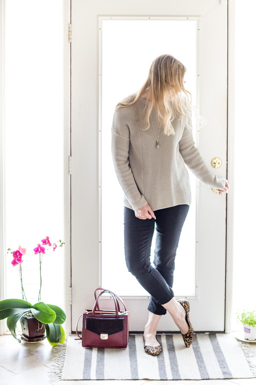 Capsule Wardrobe - neutral sweater, black skinny pants, leopard flats, and Kate Spade Purse.