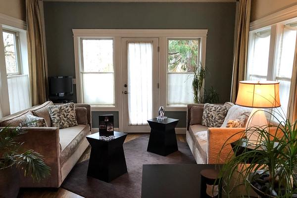 Living room at Elan Guest Suites