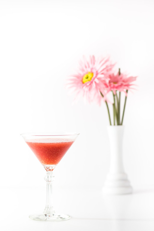 Frozen Raspberry Martini - raspberries, gin, vermouth | Grey is the New Black