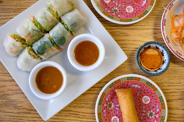Fresh roll and spring roll from Thai Esan