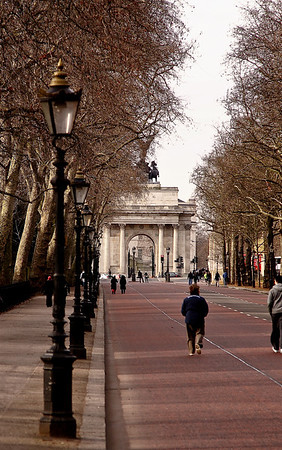 Street view near Buckingham Palace, London, United Kingdom