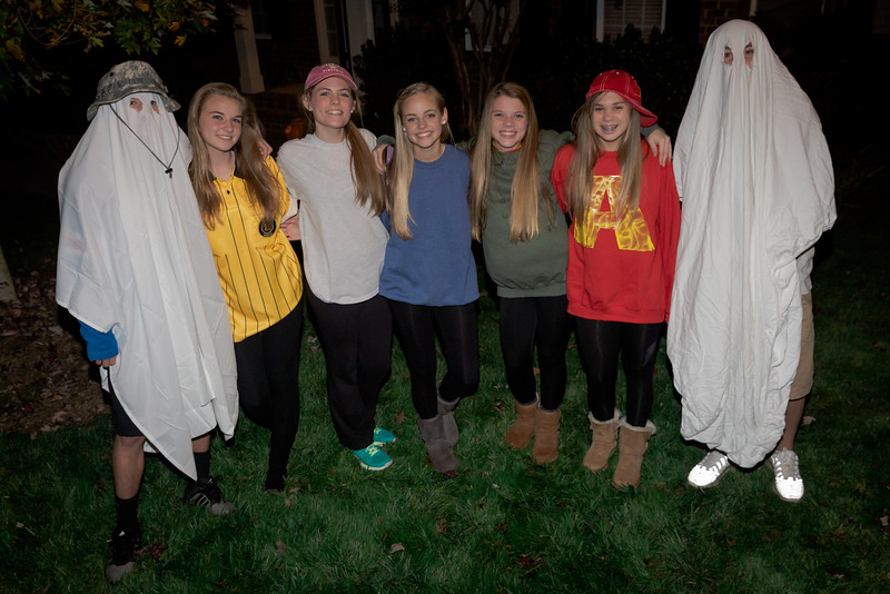 Halloween_Grace and Friends-13