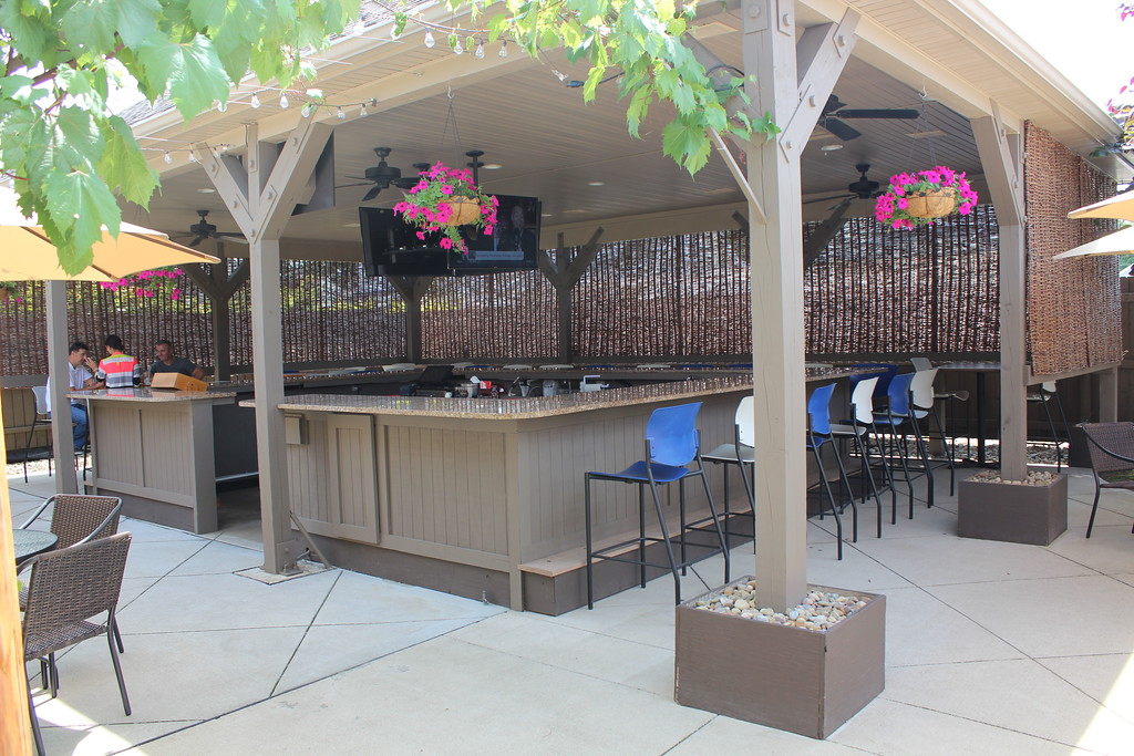 . Casa Di Vino Winery and Restaurant boasts a spacious outdoor patio and bar. The new eatery opened in Wickliffe on July 21. (Tawana Roberts�The News-Herald)