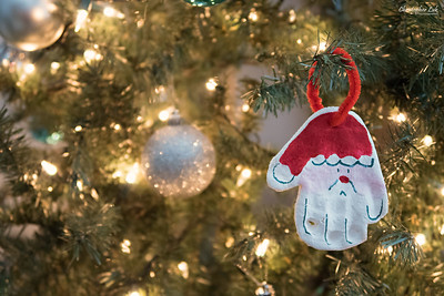 Christopher Luk 2014 - Santa Handprint Baby Toddler Children Arts and Crafts Christmas Ornament 001 PS CLP S
