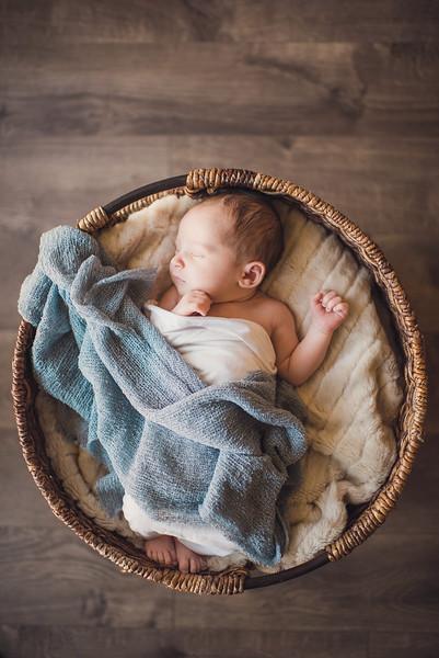 Oliver James // Newborn