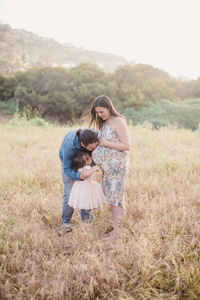 Sarah Lacari // Maternity