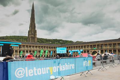 Halifax -Tour de Yorkshire 2019 - Peice Hall - Danny Thompson Photography-9