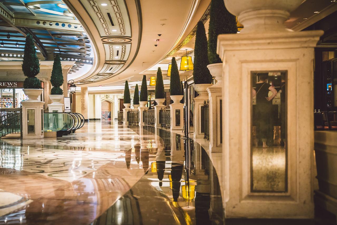 Vegas-37