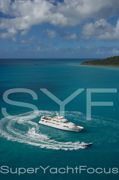 YR5Z5127 Watersports Antigua jpg