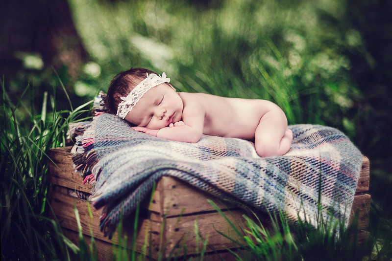 Newborn photographer Tring Hertfordshire