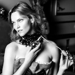 Supermodel/Author Sarah DeAnna