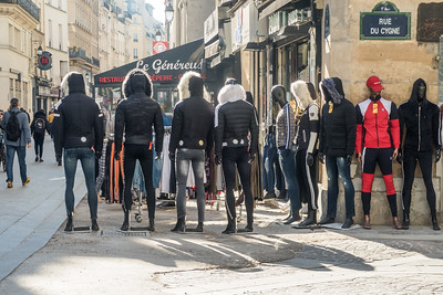 Fashion Parade, Paris