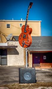 Saxon guitar