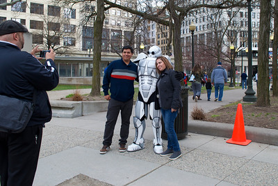 D Tron the dancing robot and fans at Grand Circus Park, Detoit