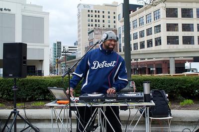 Deejay Invisible mixing it up at Grand Circus Park, Detroit, April 28th, 2018