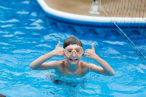 30Aug2015-Corbin-PoolBaptismal-038