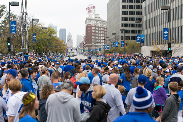 2015Nov3-RoyalsParade-WorldSeries-0002