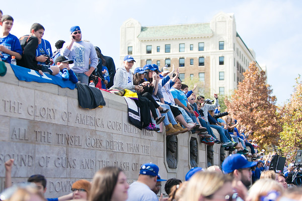 2015Nov3-RoyalsParade-WorldSeries-0008