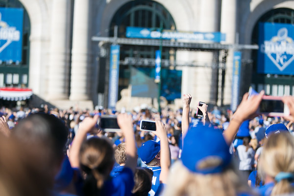 2015Nov3-RoyalsParade-WorldSeries-0020