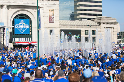 2015Nov3-RoyalsParade-WorldSeries-0009