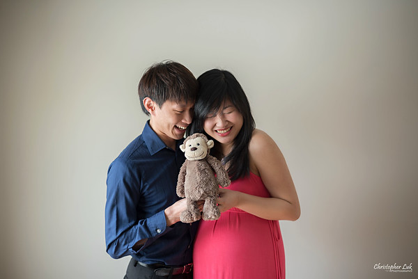 Lucy and Chung's Maternity / Family Session